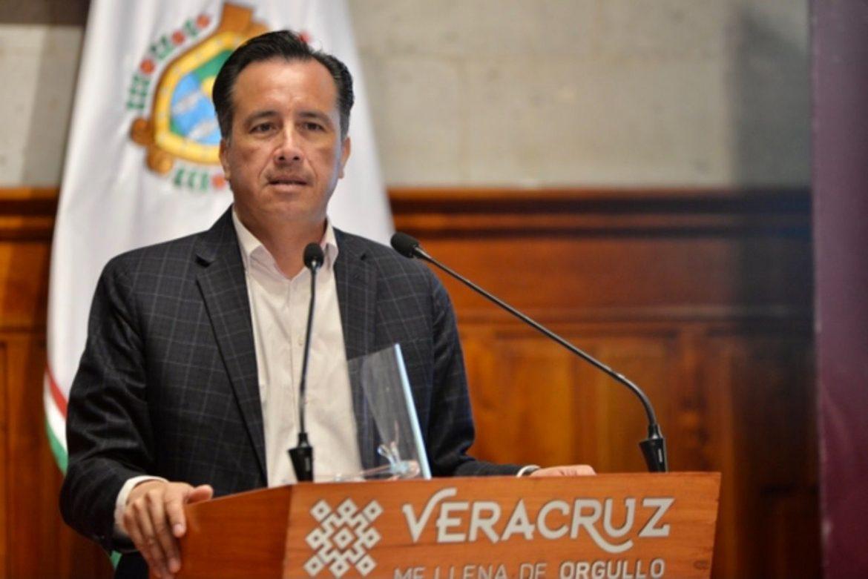 Que el puerto esté en Semáforo rojo no es tema político, hay 13 mil contagios: Gobernador